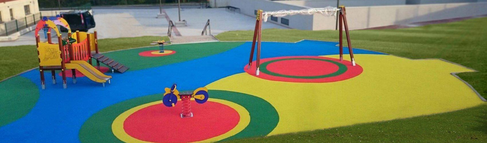 montaje de parques infantiles exteriores